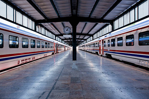 Railroad Station Railroad Station railroad station platform stock pictures, royalty-free photos & images