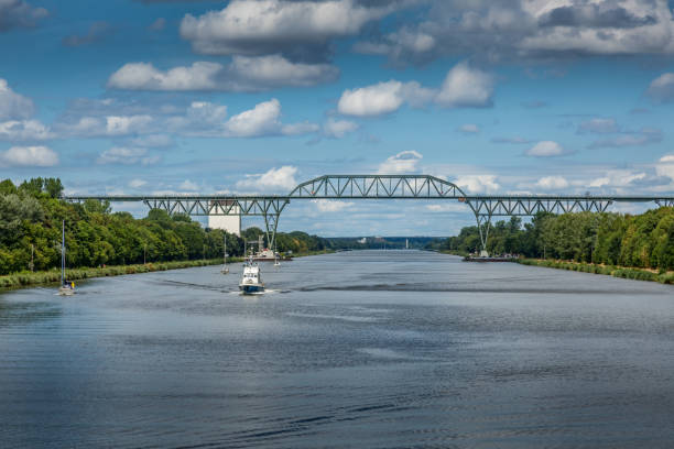 Eisenbahnbrücke Hochdonn über den Kieler Kanal – Foto
