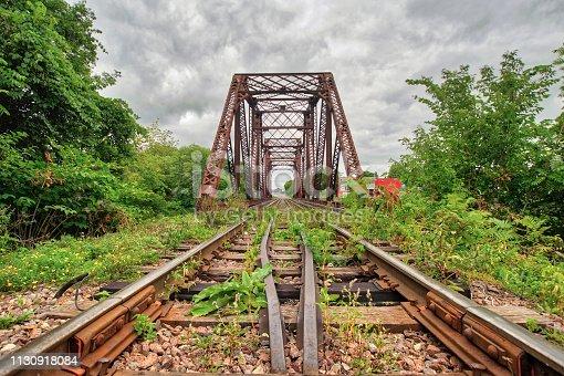 Pont ferroviaire vue dans région des Laurentides au Canada
