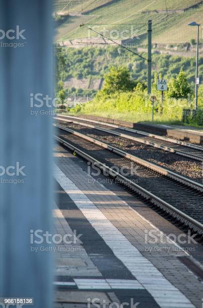 Järnvägsspår I Fokus På Landsbygden-foton och fler bilder på Bod