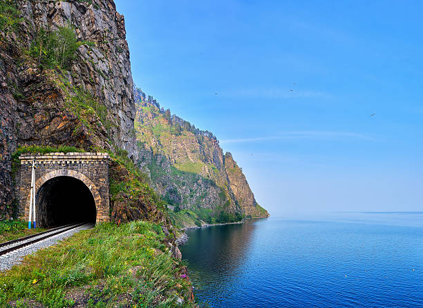 Railway tunnel at edge of land from deepest Lake Baikal – Foto