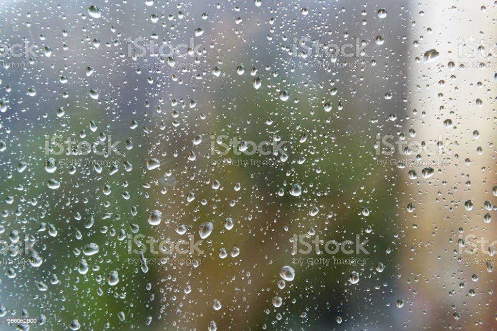 Rain drops on window glasses surface - Стоковые фото Без людей роялти-фри