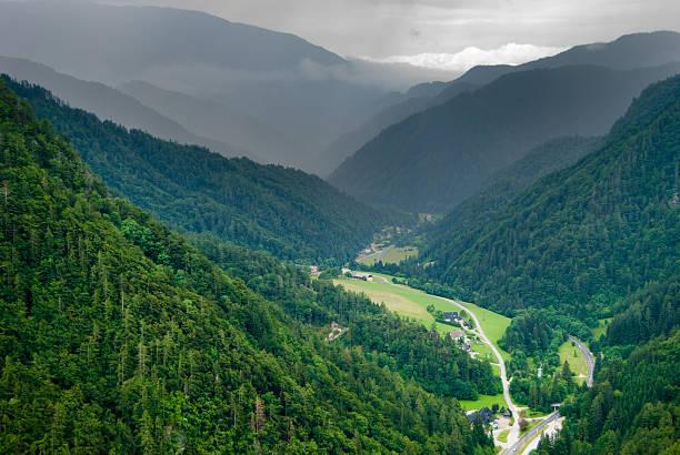 Regen kommt auf das Tal – Foto