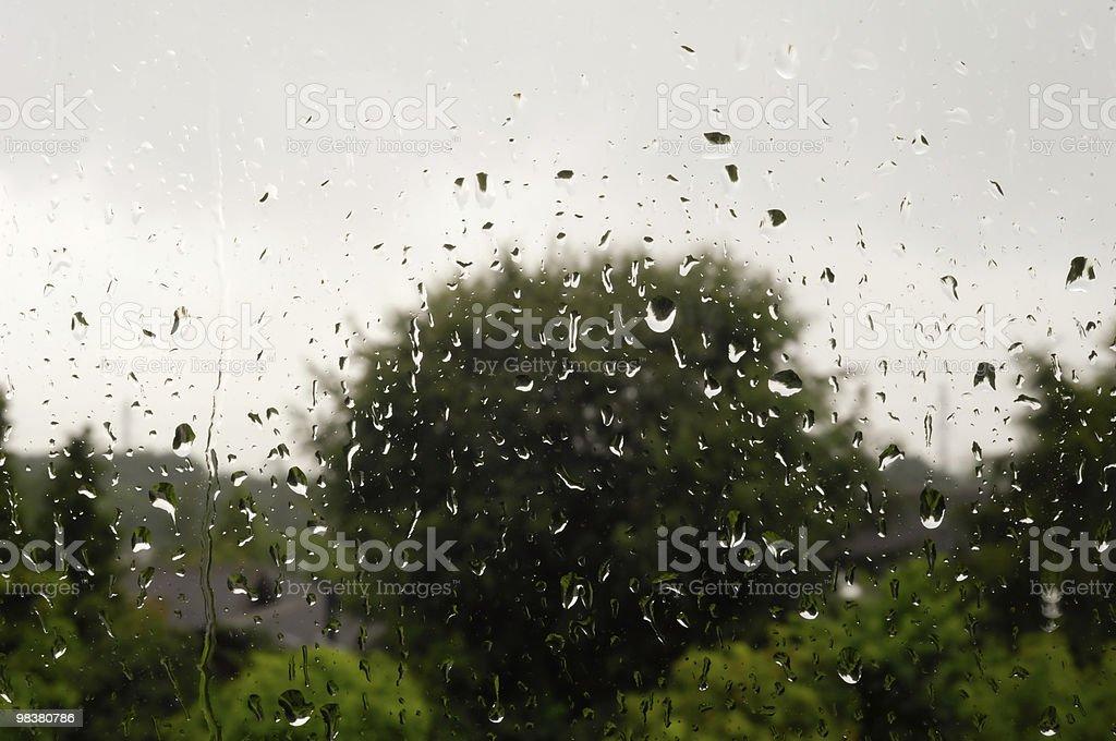 Pioggia sulla finestra foto stock royalty-free