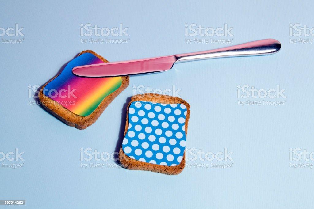 Regenbogen und Punkte Zwieback zum Frühstück Lizenzfreies stock-foto