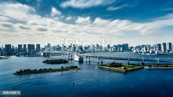 istock Rainbow bridge in Tokyo - Japan 538458870