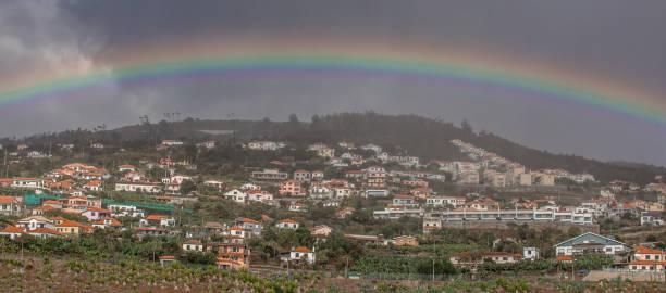 regenbogen auf madeira, portugal - andreas haas stock-fotos und bilder