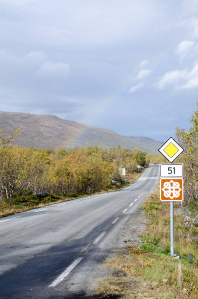 rainbow on scenic road 51 fall - numero 51 fotografías e imágenes de stock