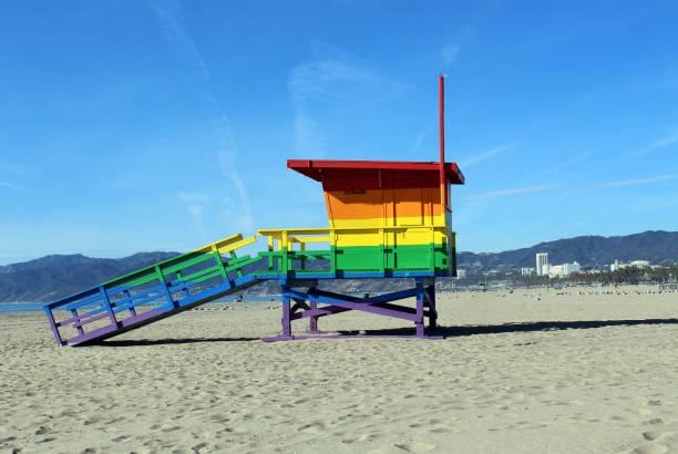 rainbow stolthet maskinoperatör tower - badvaktshytt bildbanksfoton och bilder