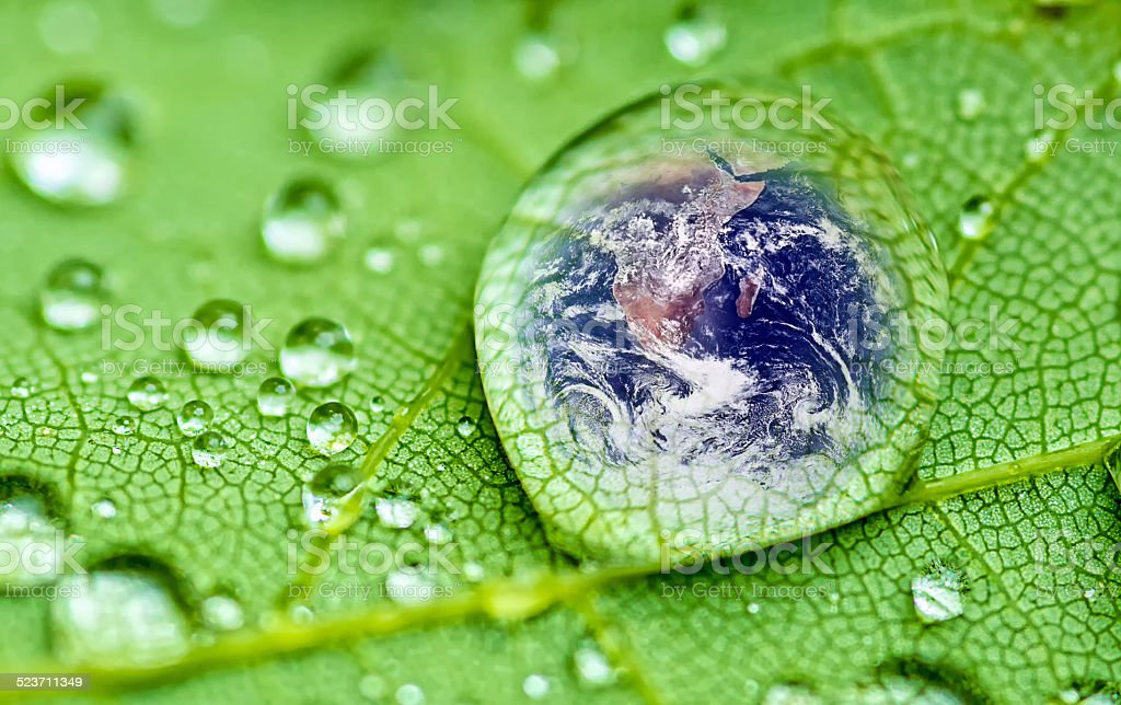 Gota de lluvia - foto de stock