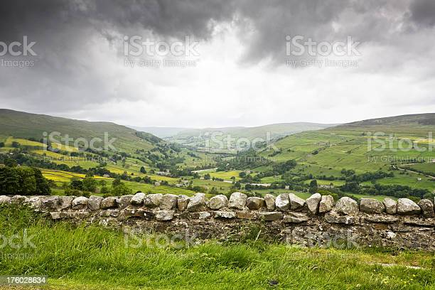 Rainy Day In The Yorkshire Dales Stock Photo - Download Image Now