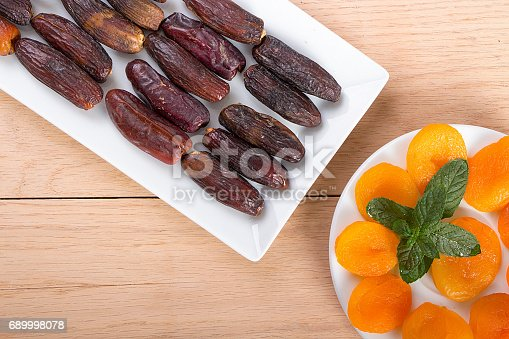 692990508 istock photo Ramadan Fruits 689998078