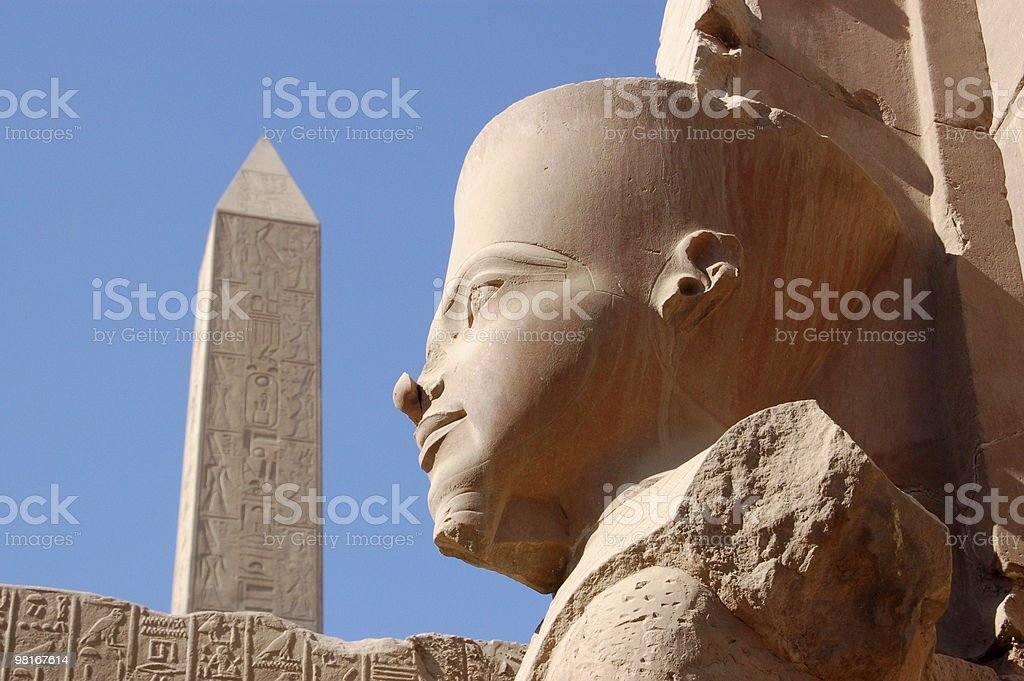 Statua Ramesis, Tempio di Karnak, Egitto foto stock royalty-free