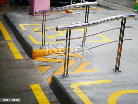 666724598 istock photo Ramp for wheelchair entrance 1083913040