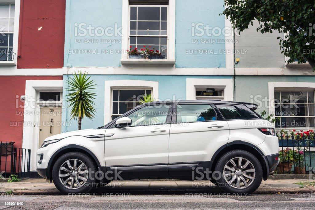 Range Rover Evoque auf einer Londoner Straße geparkt – Foto