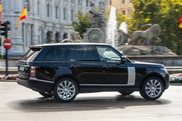 Range Rover L405 Madrid, Spain - 14 October 2019: A luxurious Range Rover L405 in a street of Madrid, Spain range rover stock pictures, royalty-free photos & images