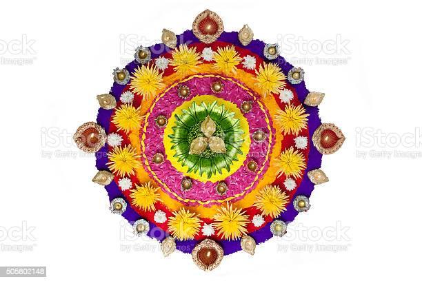 Rangoli for diwali picture id505802148?b=1&k=6&m=505802148&s=612x612&h=ykhmzoj wcfaghlasjcc7l 5kt9o1bqlsobywxoljby=