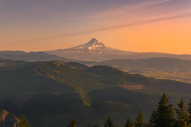 Rare views of Mt Hood, Oregon, at sunset stock photo