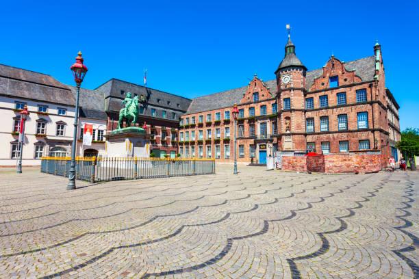 rathaus old town hall, düsseldorf - münchens nya rådhus bildbanksfoton och bilder