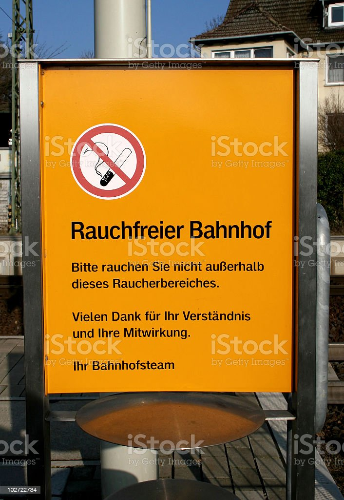 Rauchfreier Bahnhof royalty-free stock photo