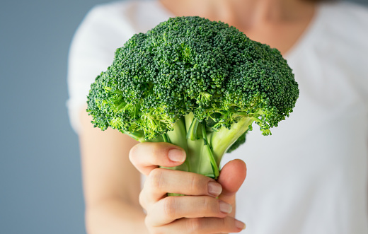 Broccoli, Women, Vegetable, Eating, Women