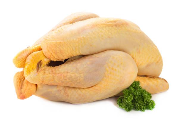 Rohem Hühnerfleisch fertig gekocht werden – Foto