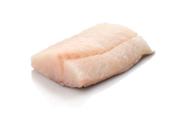 raw cod fish - cortado em filete imagens e fotografias de stock