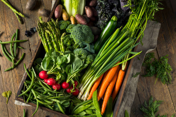 raw organic spring farmers market box - organic stock pictures, royalty-free photos & images