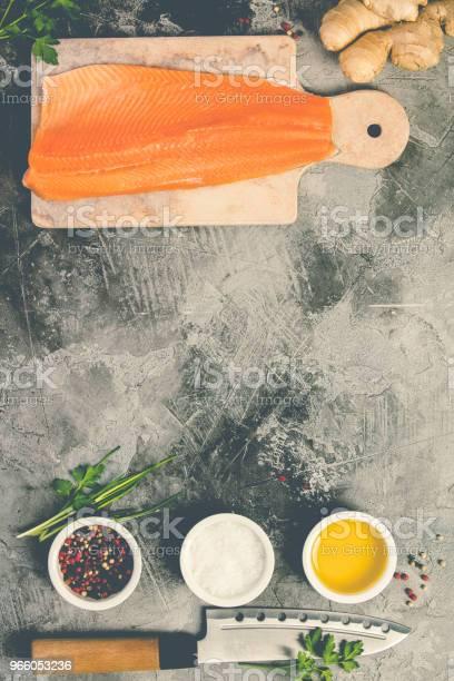 Raw Salmon Filet And Ingredients - Fotografias de stock e mais imagens de Agricultura