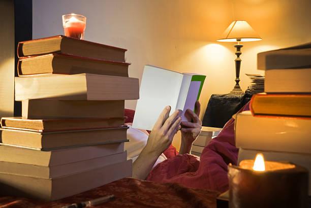 Lecture au lit - Photo