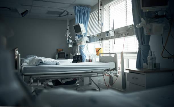 ポスト op 回復の準備 - 病棟 ストックフォトと画像
