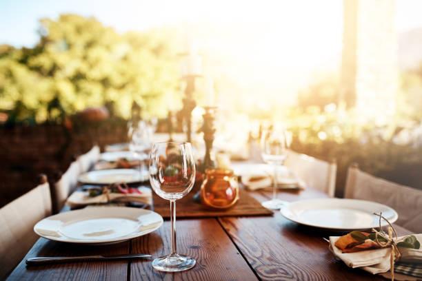 ready for the guests - pranzo di natale foto e immagini stock