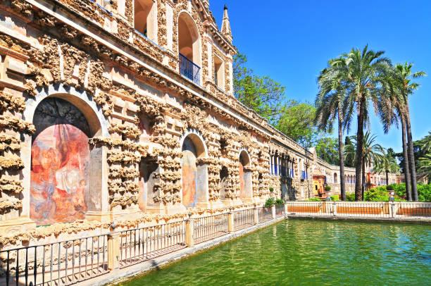 Galeria de Grutesco del Alcázar Real en Sevilla. - foto de stock