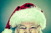 現実的なクリスマスのサンタクロースの写真