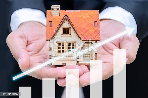 684793898 istock photo Real estate investment concept 1218575572