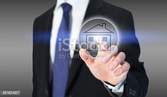 1023041738 istock photo real estate online 531824027
