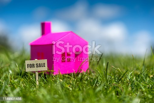 House for sale in contact with nature on a sunny day.