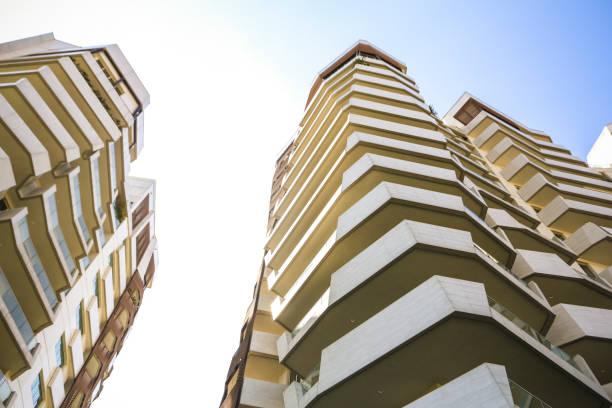 immobilien - hotel mailand stock-fotos und bilder