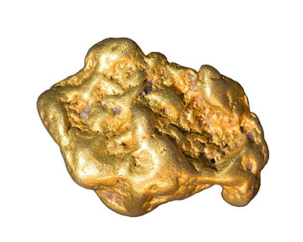 Real gold nugget isoliert auf weiß. – Foto