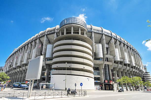 clube de futebol do real madrid, estádio santiago bernabeu. - ronaldo imagens e fotografias de stock