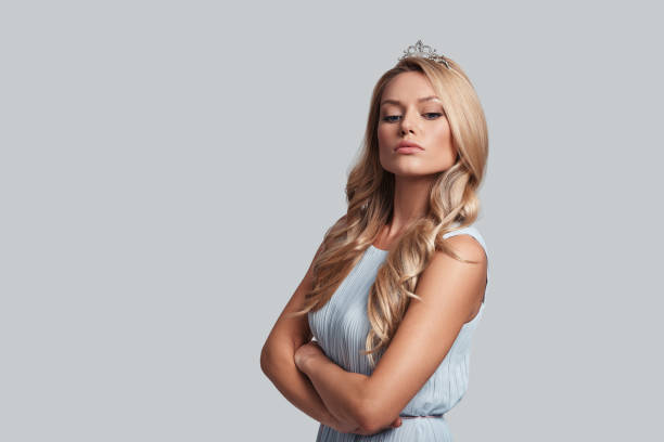 wahre königin. - prinzessin tiara stock-fotos und bilder