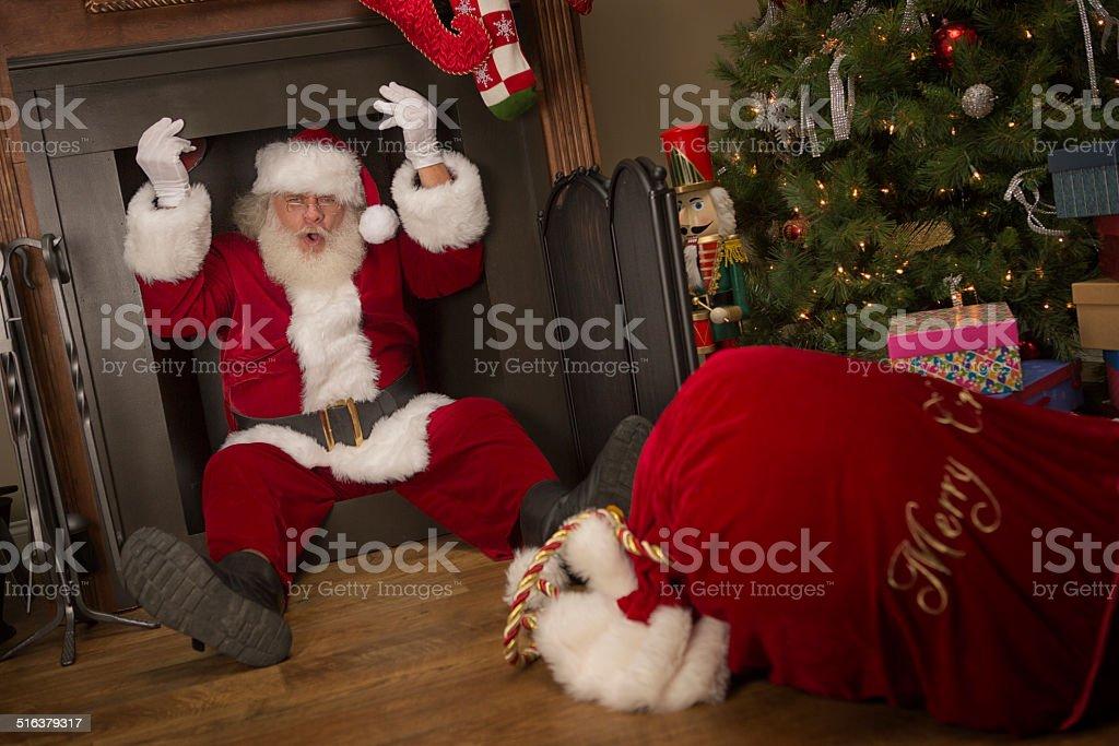 Camino Di Babbo Natale.Real Di Babbo Natale Sta Cercando Di Uscire Da Camino