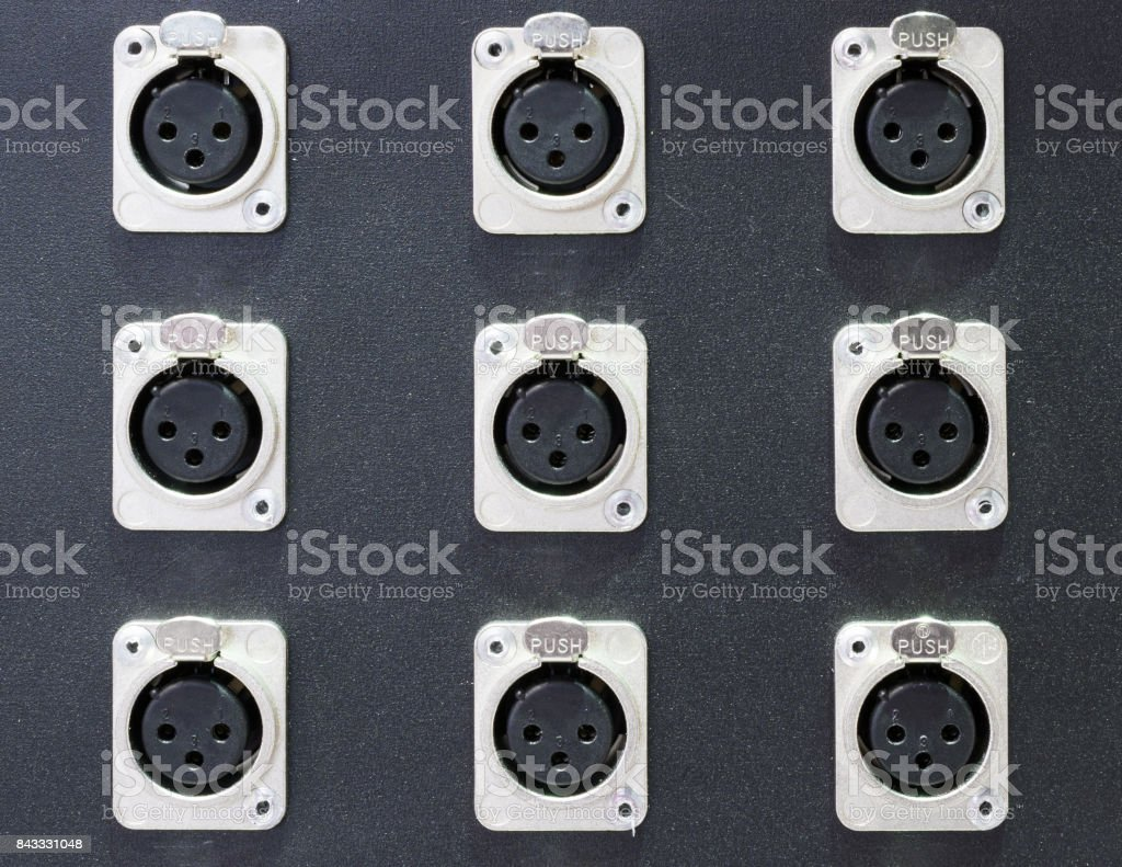 Series of connection xlr conector. Rear of control panel active...