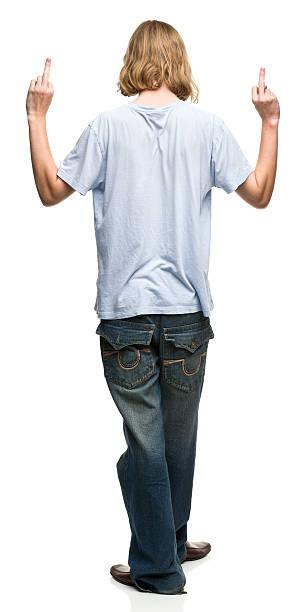 rückansicht eines jungen mannes, die nahen finger - geek t shirts stock-fotos und bilder