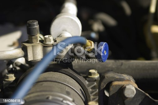 istock A/C recharge 184086418