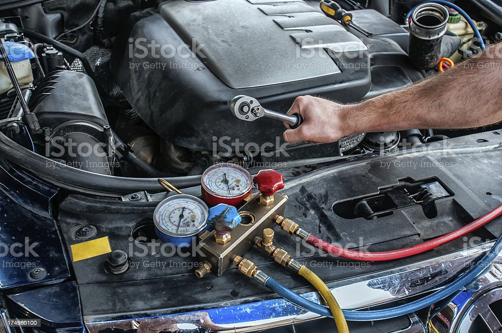 how to recharge freon in car
