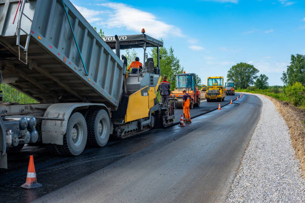 15,105 Asphalt Paving Machine Stock Photos, Pictures & Royalty-Free Images  - iStock