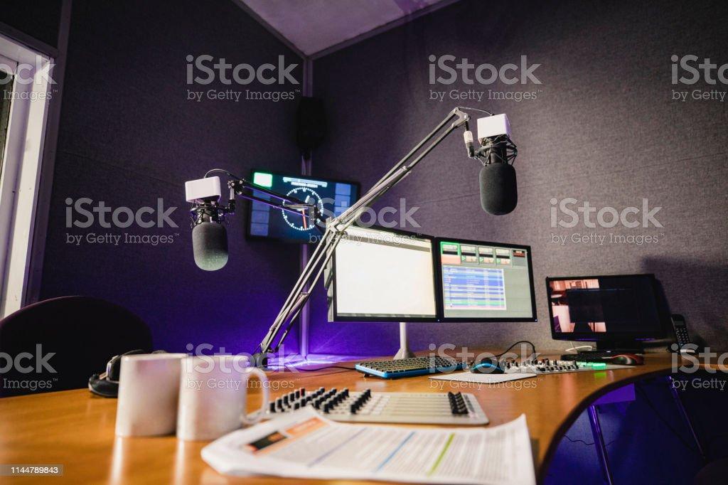 Recording Studio interior - Foto de stock de Arte cultura y espectáculos libre de derechos