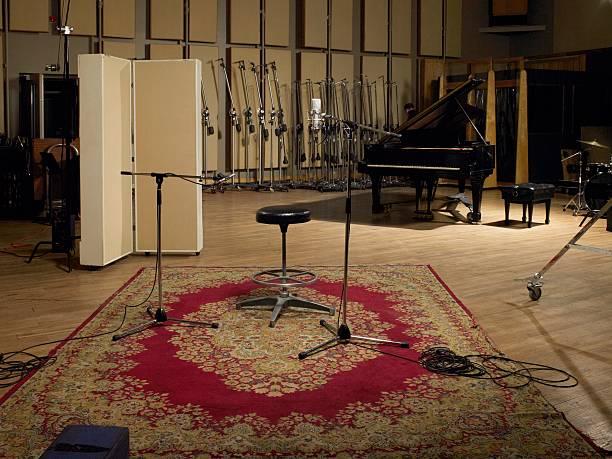Recording studio  recording studio stock pictures, royalty-free photos & images