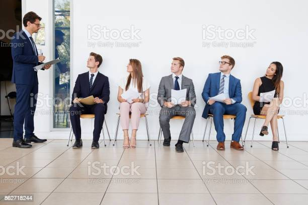 Recruiter and people waiting for job interviews full length picture id862718244?b=1&k=6&m=862718244&s=612x612&h=g ea7u1hs45j4aobkpllyuacvd6hmsi6yqkhjb o y0=